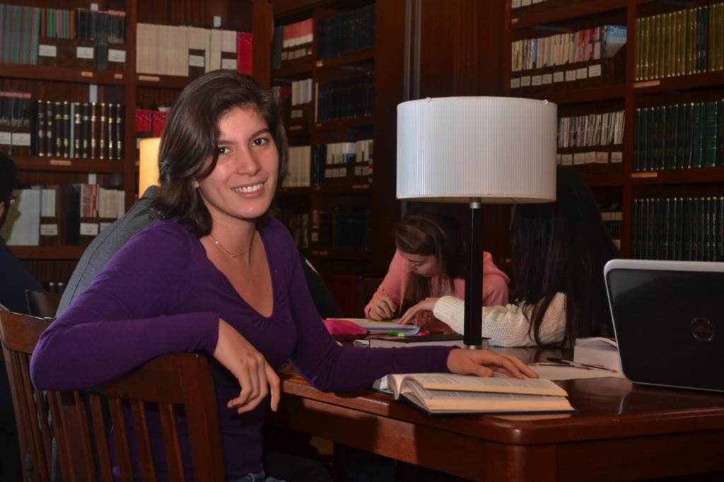 Renata (Actuaría), beneficiaria de la Beca Javier Beristain