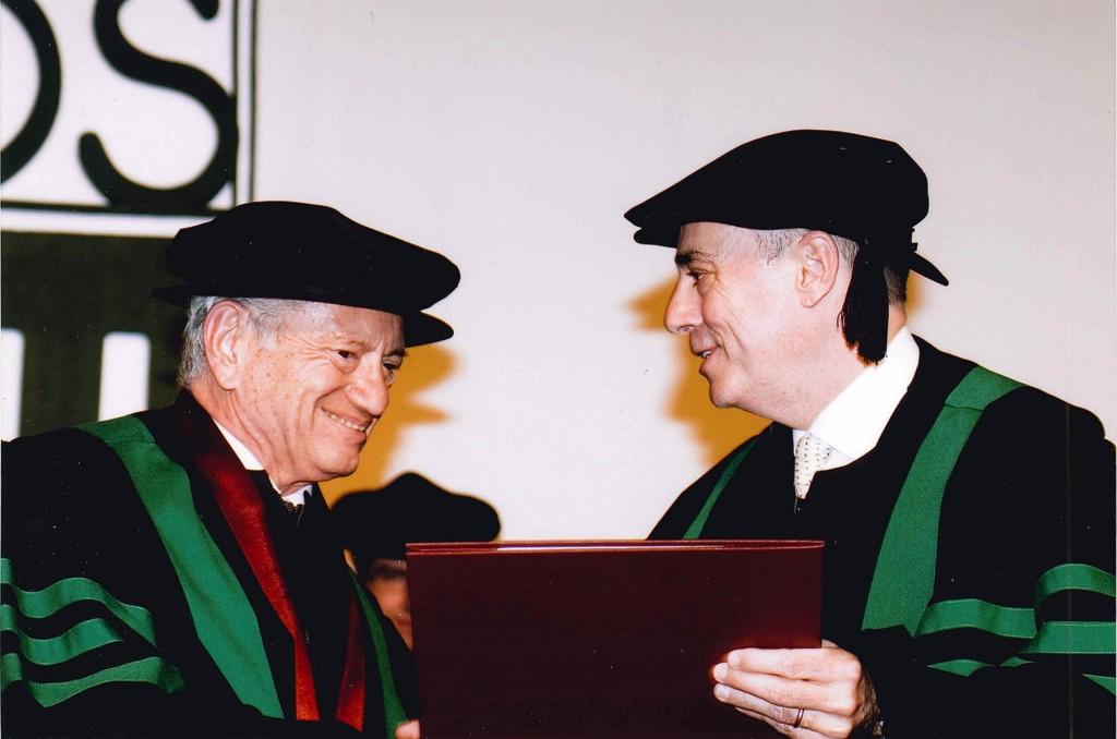 Dr. Arturo Fernández y Don Miguel Mancera